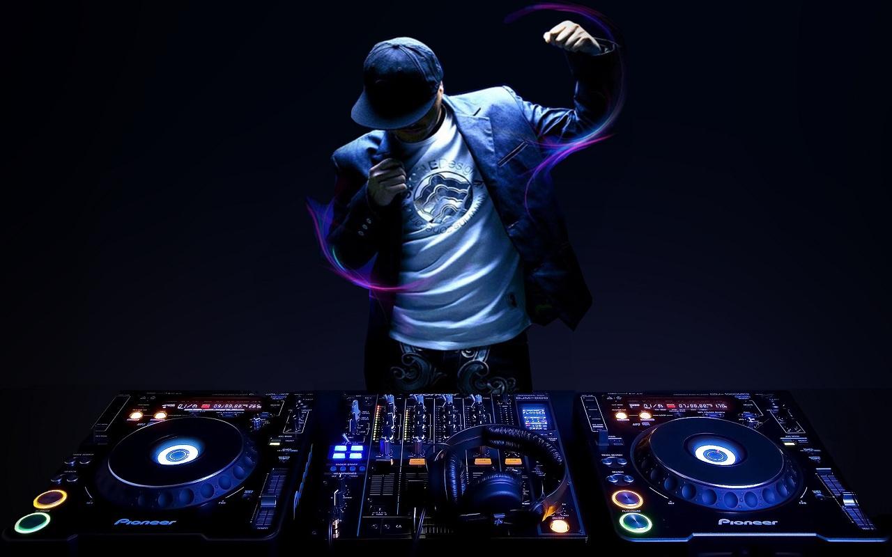 CUNG CẤP DJ CHUYÊN NGHIỆP